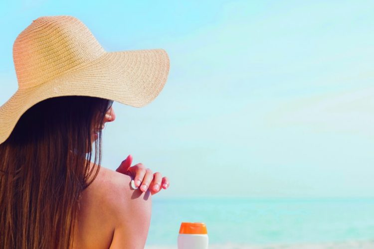 Does sunscreen inhibit production of vitamin D levels?